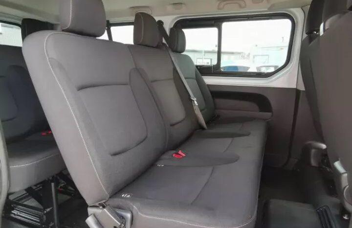 Renault Trafic Minibuss 1.6 dCi 120hk L2H1 / LÅNG 9-sits full