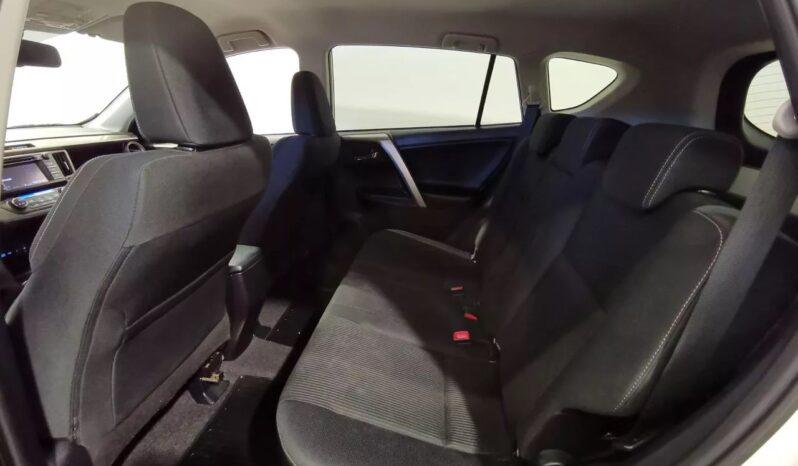 Toyota RAV4 2.0 4WD Multidrive S 152hk Pärlvit full